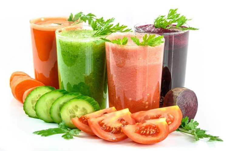 De gezondste groentesappen maak je van biologische groente